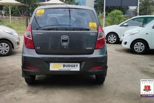 Hyundai i10 Magna 2011 MT for sale in Pune
