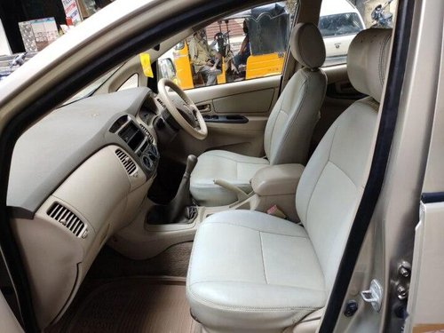 Used Toyota Innova 2006 MT for sale in Hyderabad