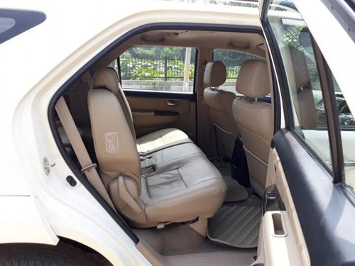 Used 2014 Toyota Fortuner 4x4 AT for sale in New Delhi