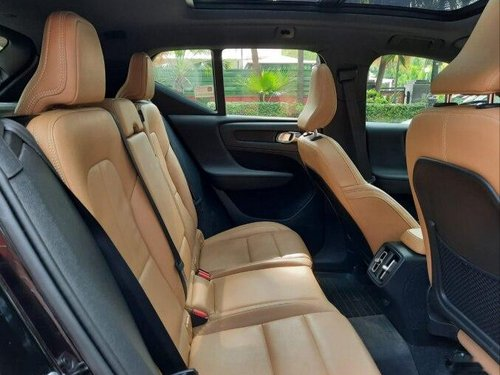 Volvo XC40 D4 Momentum 2019 AT for sale in New Delhi