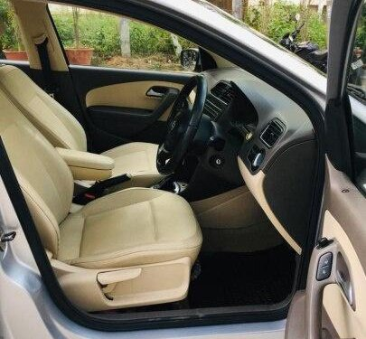 Used 2013 Volkswagen Vento Petrol Highline AT for sale in Bangalore