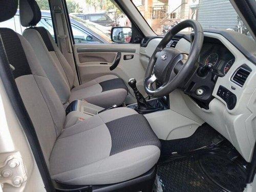 Mahindra Scorpio S6 Plus 7 Seater 2017 MT in New Delhi