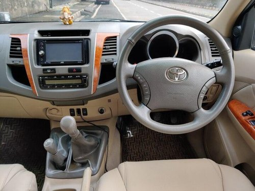 Used 2012 Toyota Fortuner 4x4 MT for sale in Mumbai