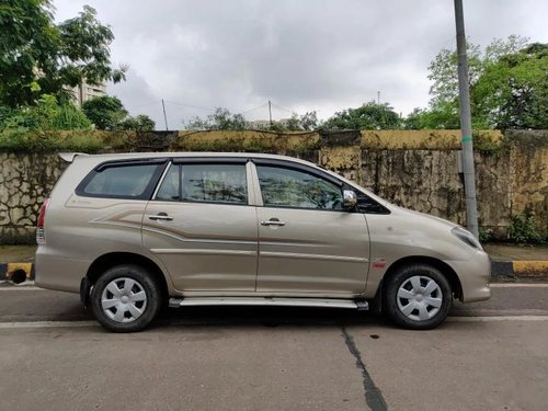 Toyota Innova 2.5 GX (Diesel) 8 Seater 2010 MT for sale in Mumbai