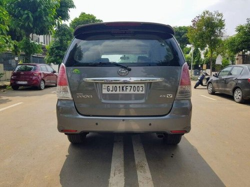2010 Toyota Innova 2004-2011 MT for sale in Ahmedabad