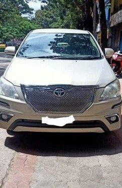 2014 Toyota Innova MT for sale in Bangalore