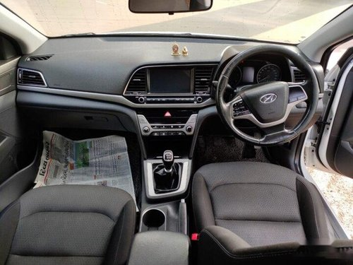 2017 Hyundai Elantra CRDi SX MT for sale in Ahmedabad