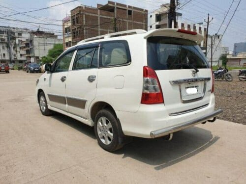 Used 2012 Toyota Innova 2004-2011 MT for sale in Indore