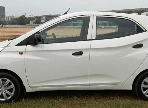Used 2013 Hyundai Eon Magna Plus MT in Ahmedabad-3