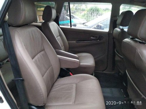Used Toyota Innova 2.5 ZX Diesel 7 Seater 2015 MT in Mumbai -1
