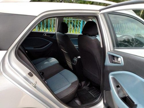 Used Hyundai i20 Active 1.2 SX 2017 MT for sale in Mumbai -3