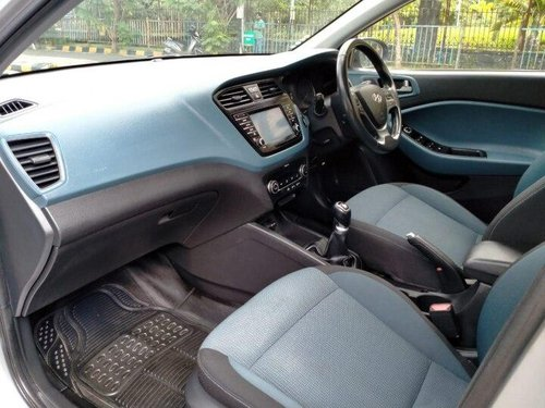 Used Hyundai i20 Active 1.2 SX 2017 MT for sale in Mumbai -1