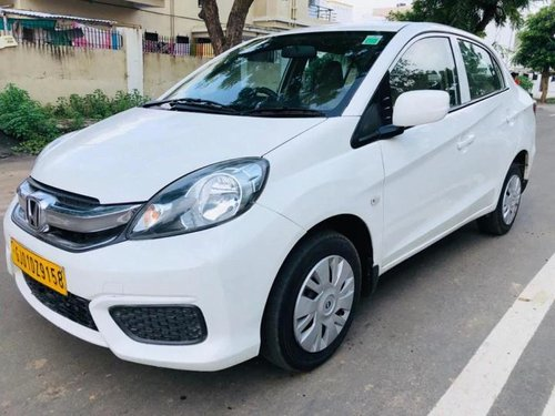 Used Honda Amaze 2016 MT for sale in Ahmedabad -8