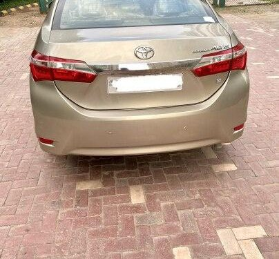Used Toyota Corolla Altis 2015 MT for sale in New Delhi