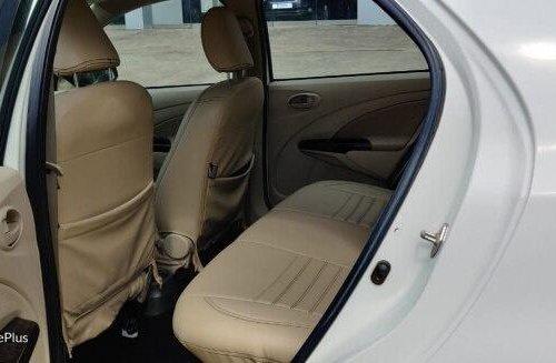 Used Toyota Platinum Etios 2017 MT for sale in Nashik