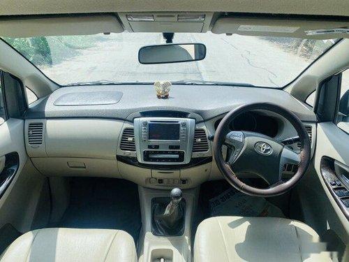 Toyota Innova 2.5 Z Diesel 7 Seater BS IV 2014 MT in Surat