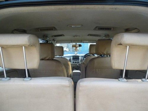 Toyota Innova 2.5 GX (Diesel) 7 Seater BS IV 2014 MT in Kolkata