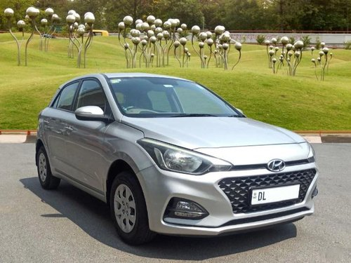 Used Hyundai i20 Sportz 1.2 2018 MT for sale in New Delhi -6
