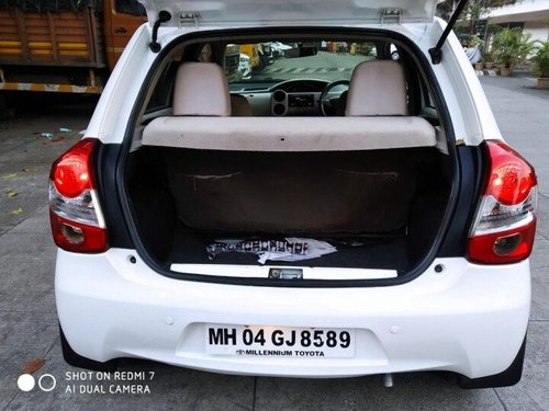 Used 2014 Toyota Etios Liva 1.4 GD MT for sale in Thane