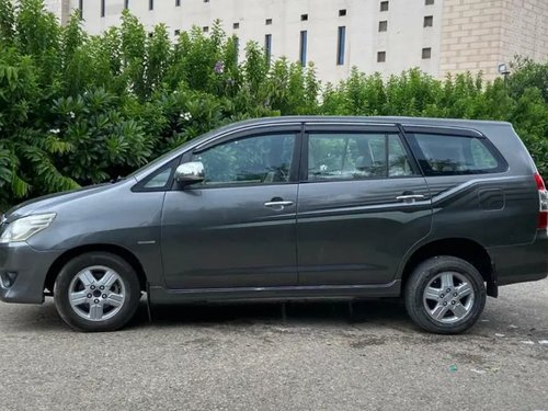 2012 Toyota Innova 8STR for sale at low price