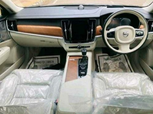 Volvo S90 D4 Inscription BSIV 2016 AT for sale in New Delhi-3