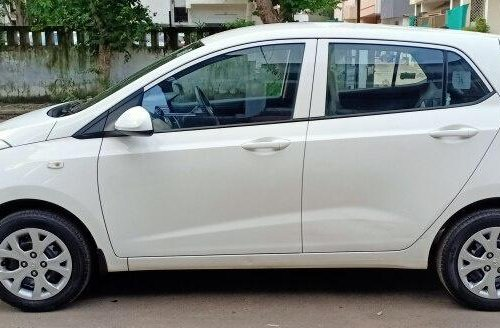 2015 Hyundai Grand i10 1.2 Kappa Magna BSIV MT in Ahmedabad