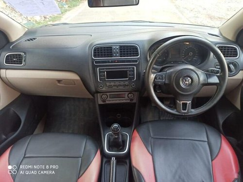 2014 Volkswagen Polo 1.0 MPI Highline Plus MT in Hyderabad