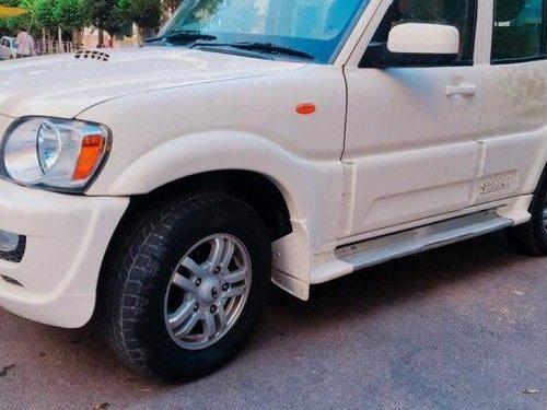 Used 2012 Mahindra Scorpio VLX 2WD BSIV MT for sale in New Delhi