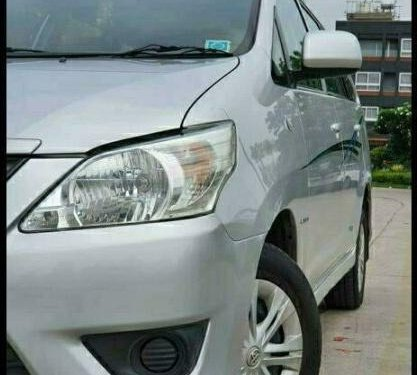 2013 Toyota Innova 2.5 G (Diesel) 7 Seater MT in New Delhi-6