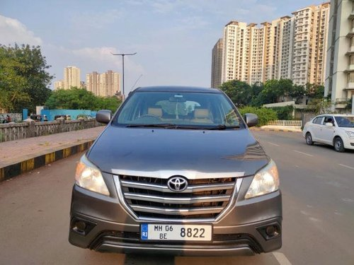 Toyota Innova 2014 MT for sale in Thane