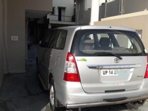 2014 Toyota Innova 2004-2011 MT for sale in Noida