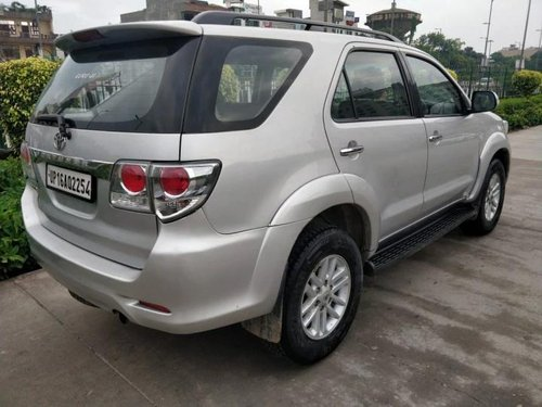 2013 Toyota Fortuner 4x2 Manual MT for sale in New Delhi-6
