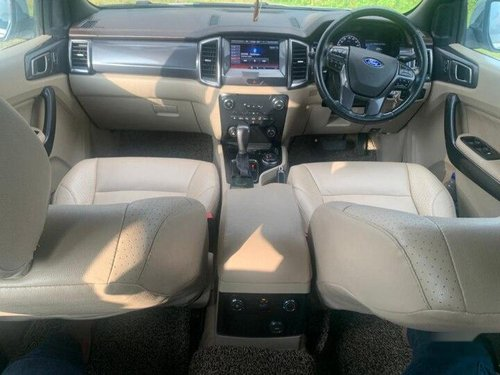Used 2016 Ford Endeavour 3.2 Titanium 4X4 AT in Mumbai-3