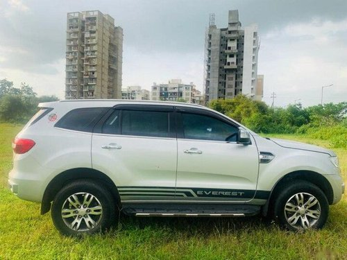 Used 2016 Ford Endeavour 3.2 Titanium 4X4 AT in Mumbai-8