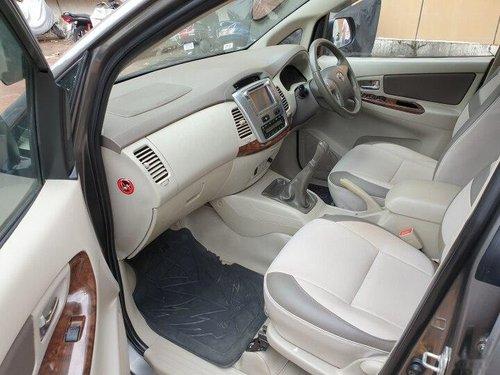Toyota Innova 2014 MT for sale in Mumbai