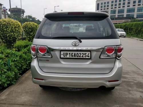 2013 Toyota Fortuner 4x2 Manual MT for sale in New Delhi-5