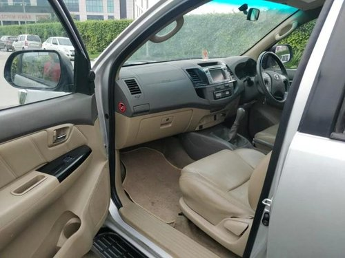 2013 Toyota Fortuner 4x2 Manual MT for sale in New Delhi-2