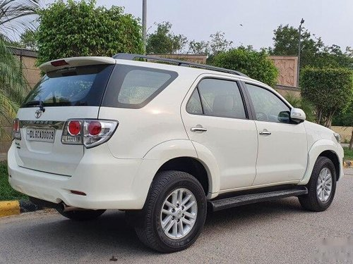 Used 2013 Toyota Fortuner 2.8 2WD AT for sale in New Delhi