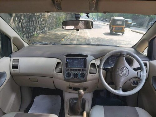 2008 Toyota Innova 2004-2011 MT for sale in Mumbai-13
