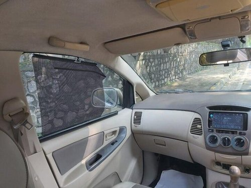 2008 Toyota Innova 2004-2011 MT for sale in Mumbai-5