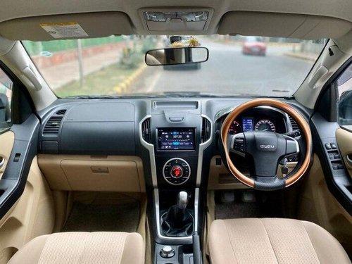 Isuzu D-Max V-Cross Standard 2016 MT for sale in New Delhi