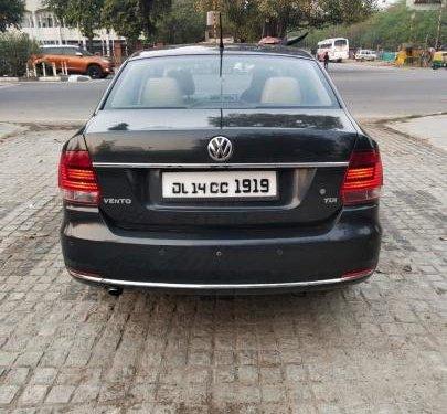 Used 2015 Volkswagen Vento 1.5 TDI Highline AT for sale in New Delhi