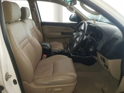 Used Toyota Fortuner 4x2 AT 2014 AT for sale in Ahmedabad -3