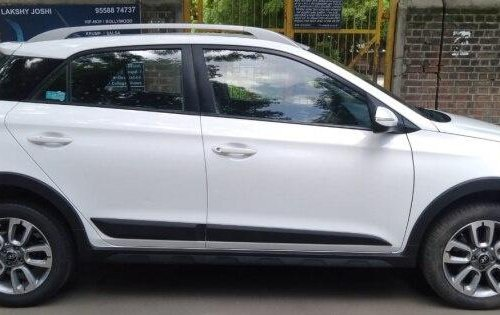 Hyundai i20 Active 1.2 SX 2016 MT for sale in Ahmedabad