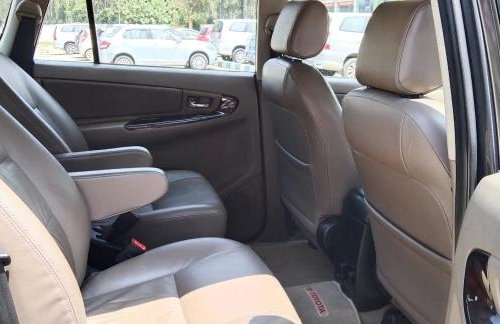 Toyota Innova 2.5 ZX Diesel 7 Seater 2015 MT for sale in Bangalore