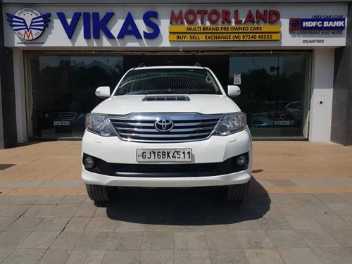 Used Toyota Fortuner 4x2 AT 2014 AT for sale in Ahmedabad -9