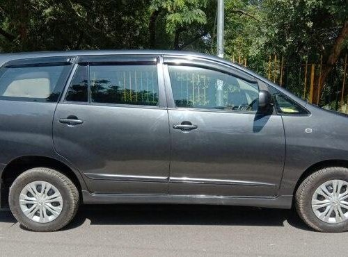Used Toyota Innova 2016 MT for sale in Agra