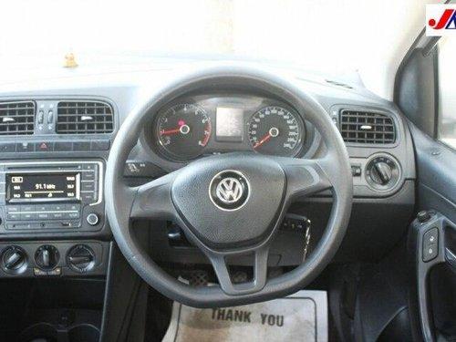 Volkswagen Polo 1.0 MPI Comfortline BSIV 2017 MT in Ahmedabad
