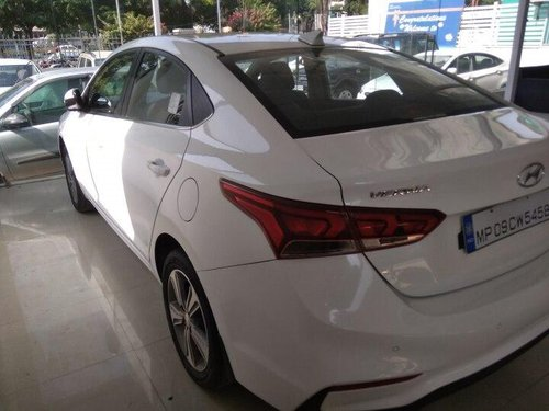 Used Hyundai Verna 2017 MT for sale in Indore