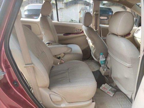 Used Toyota Innova 2005 MT for sale in Mumbai